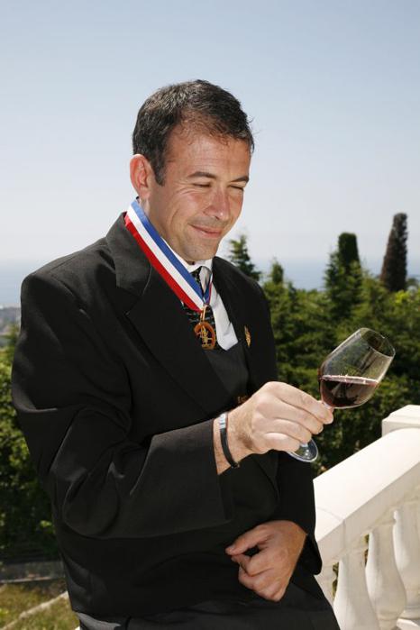 Franck Thomas avec sa médaille de Meilleur Ouvrir de France